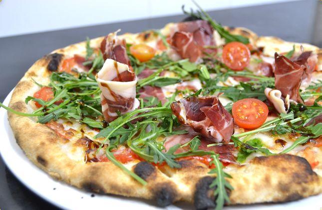 da claudia pizzeria valencia